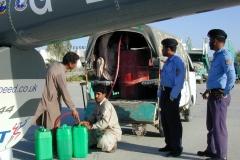 Pakistan PASNI Refuel R44 2